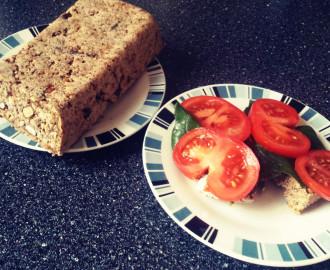 Domácí bezlepkový chléb