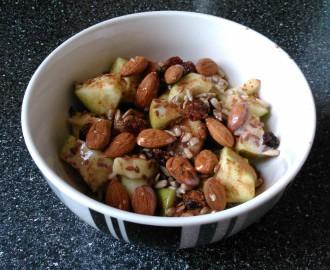 Ranní jablečný mix s ořechy